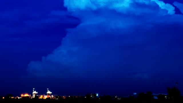 гроза с молния время lapse - lightning стоковые видео и кадры b-roll