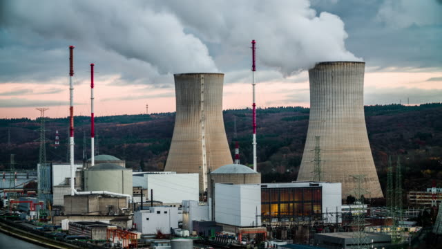 tihange nuclear power station - reattore nucleare video stock e b–roll