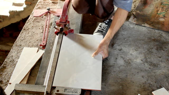 tiling tool, cutting tiles video