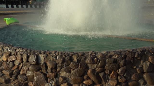 4K Tilt: Fountain in thailand