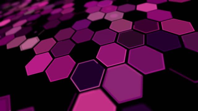 stockvideo's en b-roll-footage met tilt perspectief violet zeshoek achtergrondpatroon - foreground background perspective graphic