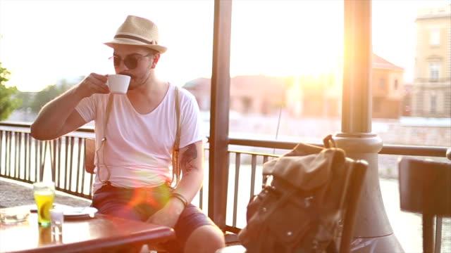 コーヒーの時間 ビデオ