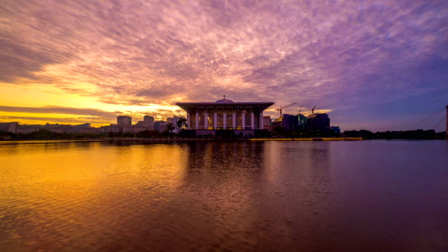 Time lapse 4k Footage of Epic Sunrise At Iron Mosque, Putrajaya video