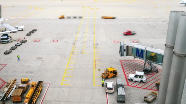 Effet Time-Lapse 4k : Laps de temps de l'aéroport - Vidéo