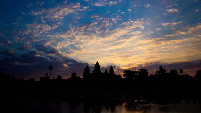 Time Lapse - Angkor Wat Sunrise (Zoom In) video