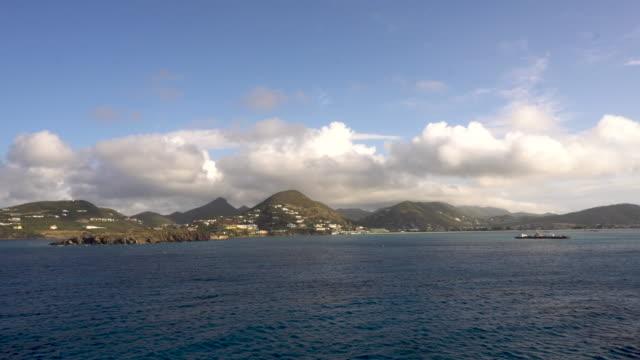 time lapse approaching saint maarten, caribbean - saint martin caraibi video stock e b–roll