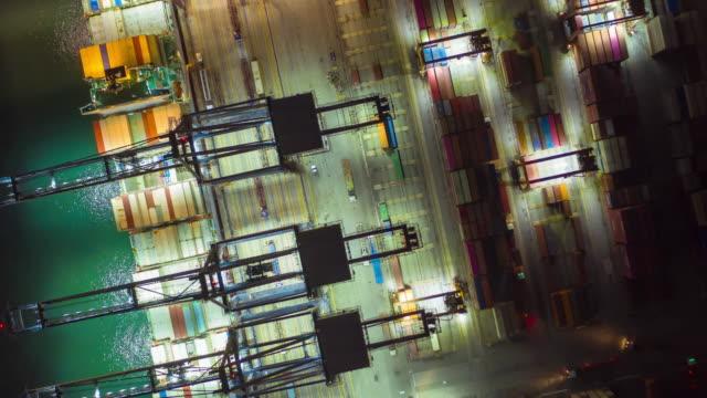 vídeos de stock, filmes e b-roll de lapso de tempo no contêiner, acima da visualização - vinho do porto