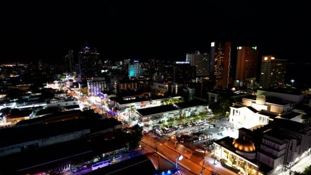tids fördröjning vackra stadsbilden i pattaya city i thailand - pattaya bildbanksvideor och videomaterial från bakom kulisserna