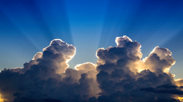 Time Lapse Beautiful Clouds Movement In The Sky And Sunlight