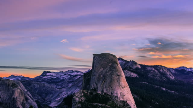 time lapse - beautiful clouds moving over half dome - trekking sul ghiaccio video stock e b–roll