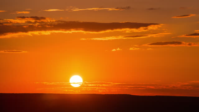 Time Lapse - Beautiful Sunrise from Grand Canyon, USA - 4K video