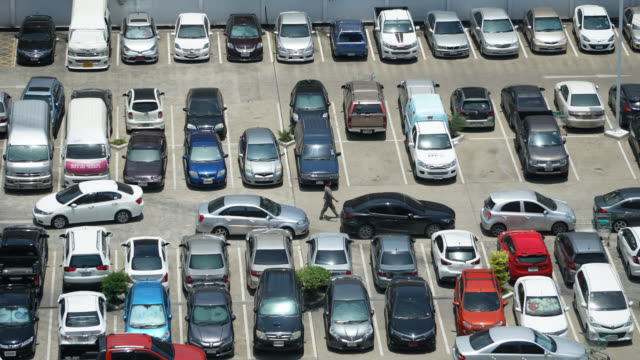 4K Time lapse car parking lot video