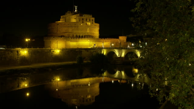 4k - time lapse castel sant'angelo (rome) - ratzinger video stock e b–roll