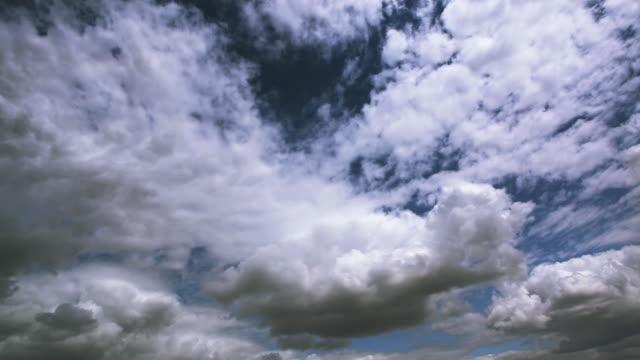Time lapse Cumulus Clouds video