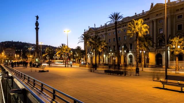 저속 촬영 (바르셀로나 예술직 dusk - columbus day 스톡 비디오 및 b-롤 화면