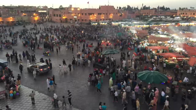 time lapse jamaa el fna piazza marrakech - souk video stock e b–roll