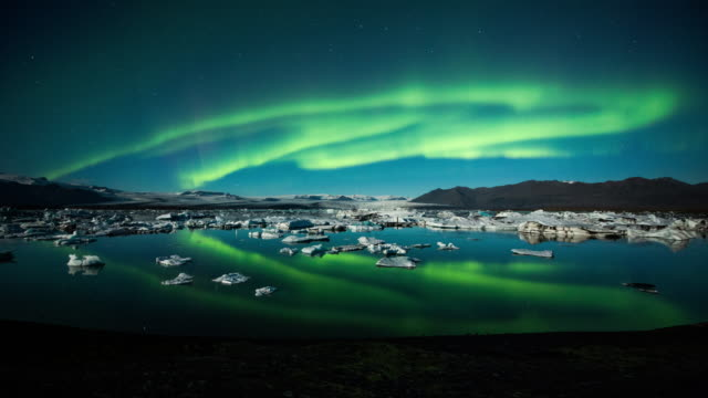 Time Lapse: Northern Lights over video