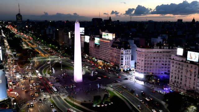 time lapse di avenida 9 de julio, ba - america latina video stock e b–roll