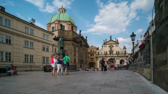 Zeit Ablauf der Menschenmenge zu Fuß in der Prager Innenstadt, Tschechische – Video