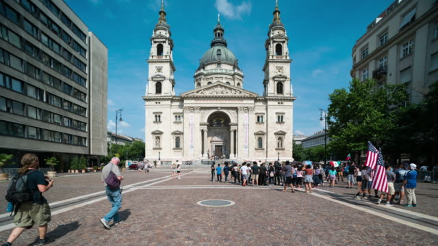 Time Lapse of Crowd walking at St.Stephen's basilica, Budapest video