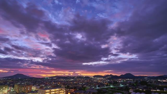 日本の福岡市のタイムラプス - 広角撮影点の映像素材/bロール