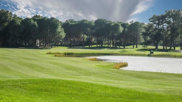 vidéos et rushes de laps de temps de parcours de golf - golf