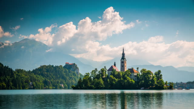スロベニアのブレッド湖の時間経過 - スロベニア点の映像素材/bロール