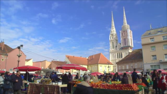 time lapse of market dolac in zagreb, capital of croatia - bokeh stock videos & royalty-free footage