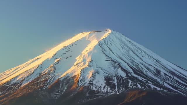 vidéos et rushes de laps de temps du mont fuji au lac kawaguchiko - fuji yama
