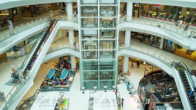 Zeitraffer von Menschen im Einkaufszentrum – Video