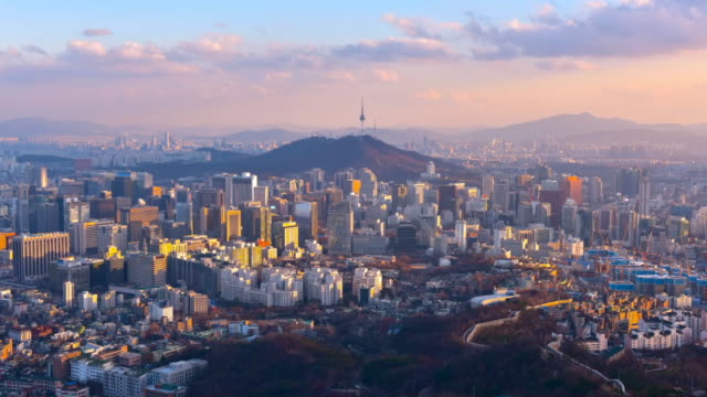 vídeos de stock e filmes b-roll de time lapse of seoul city skyline,south korea - sul