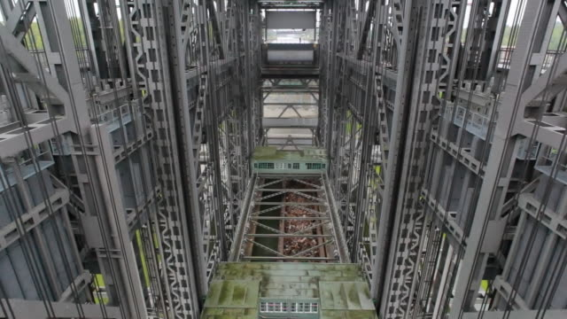 Time lapse of ship elevator in Niederfinow, Germany video