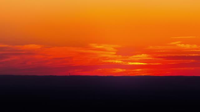 time lapse of sunset - дикая местность стоковые видео и кадры b-roll