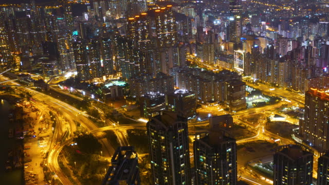gece trafik akışı zaman atlamalı - sütun başlığı stok videoları ve detay görüntü çekimi