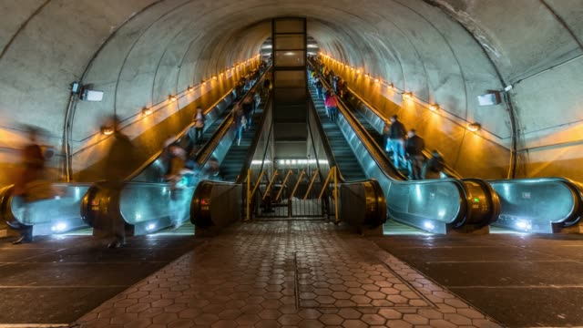 4k time lapse of undefined passenger using escalator at washington dc metro train station in rush hour, united states, public transportation concept - escalator video stock e b–roll