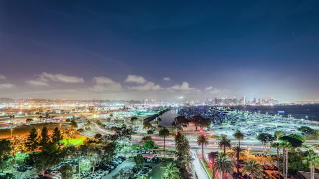 vidéos et rushes de time lapse - san diego skyline de nuit 4k - californie du sud