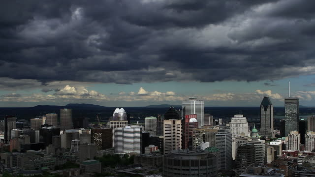 Time lapse shot of Montreal downtown