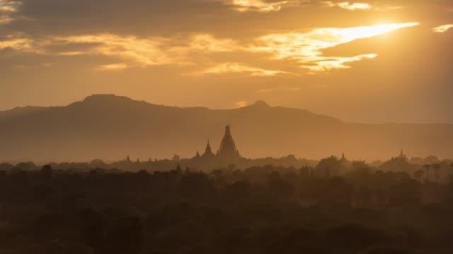 4K Time lapse : Sunset Old Pagoda in Bagan Myanmar 4K Time lapse : Sunset Old Pagoda in Bagan Myanmar bagan stock videos & royalty-free footage