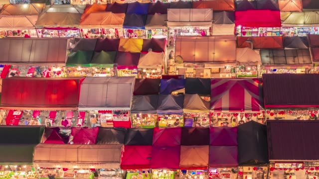 time lapse , top view in train night market ratchada  ,bangkok, thailand - vivid 4k video stock videos & royalty-free footage