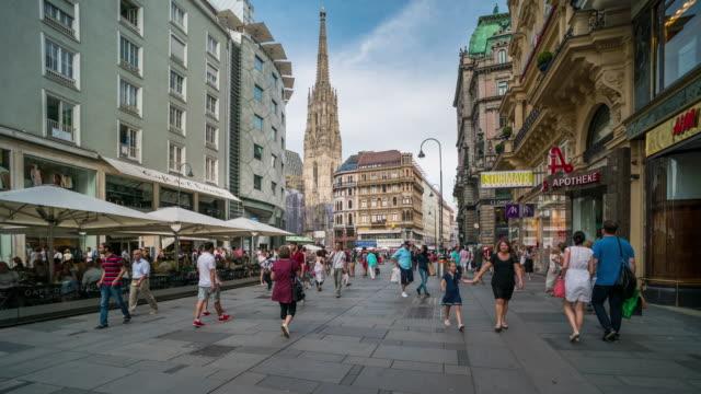 Zeitraffer, touristische aufwachen im Stadtzentrum Wien, Vienna – Video