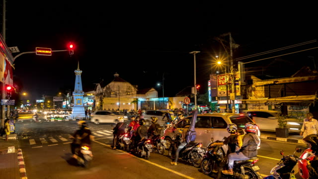 Time Lapse : Traffic at Tugu Yogyakarta. video