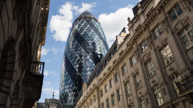4K Time Lapse Video Of 30 St. Mary Axe From St Helen's PI 4K Time Lapse Video Of 30 St. Mary Axe From St Helen's PI civil engineering stock videos & royalty-free footage