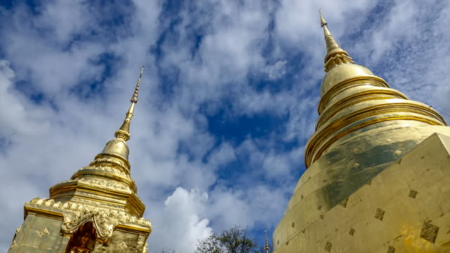 Time lapse : Wat Phrasing Temple in Chiang Mai, Thailand Time lapse : Wat Phrasing Temple in a beautiful day in Chiang Mai, Thailand. One of the most famous temples in Chiang Mai. Apple ProRes 422 (HQ) 3840x2160 format. 天の川 stock videos & royalty-free footage