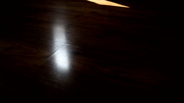 time lapse, wooden blinds shadow