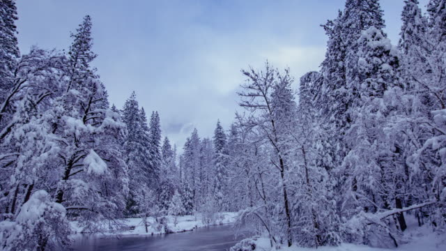 Time Lapse - Yosemite Covered by Snow in Winter - 4K