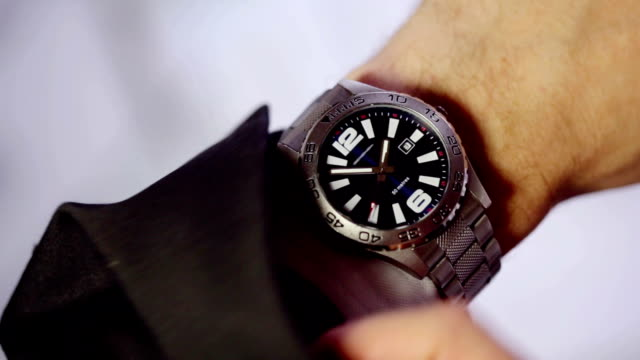 Time wristwatch   TI video