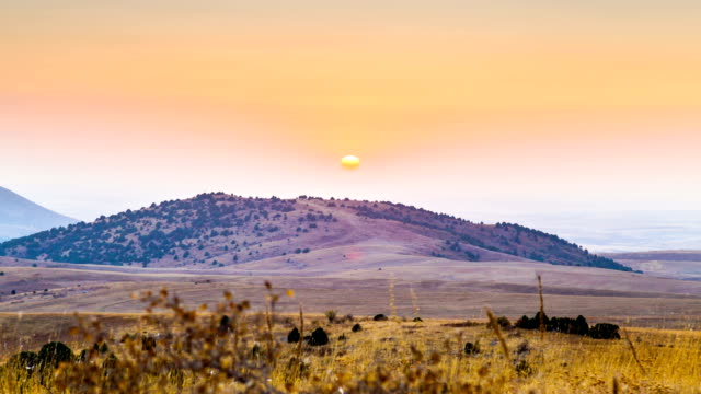 4K Timelapse. A hot sunset in the highlands of Central Asia video