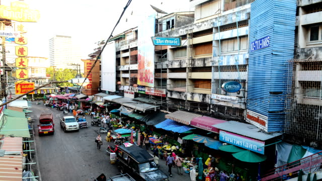 time-lapse at waroros market, chiang mai ,thailand - travel agent stock videos and b-roll footage