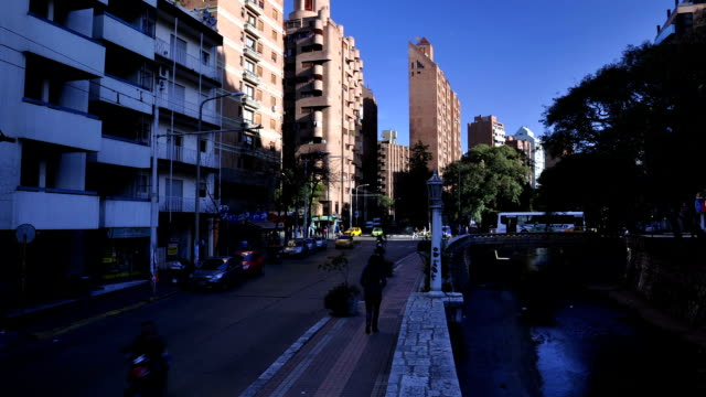 timelapse de córdoba argentina marcelo t de alvear y boulevard san juan video