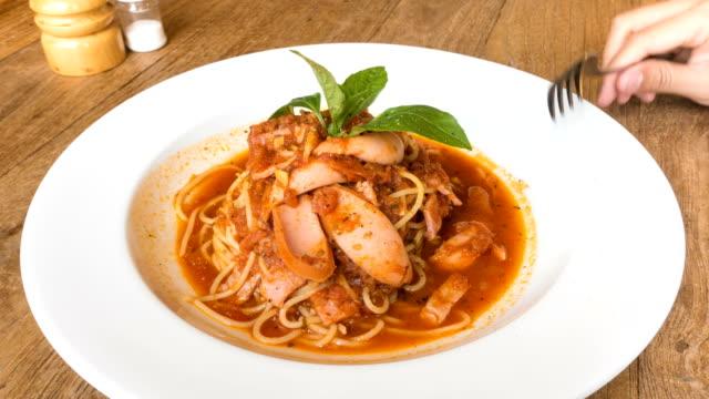 4K Timelapse Eating Spaghetti with Tomato Sauce video